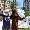 Willie the Wildcat helped promote recycling during Northwestern University's Earth Month celebrations.