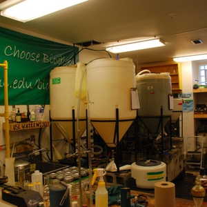 The Searle Biodiesel Lab - Loyola University Chicago's Student-Run Biodiesel Program