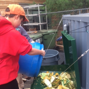 St. John's University - New york students start food waste pulping to double capacity of on-site composting