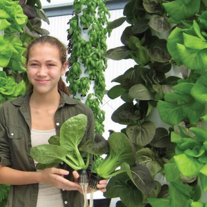 Emory University supports local community project and skilled job training with commitment to purchase lettuce